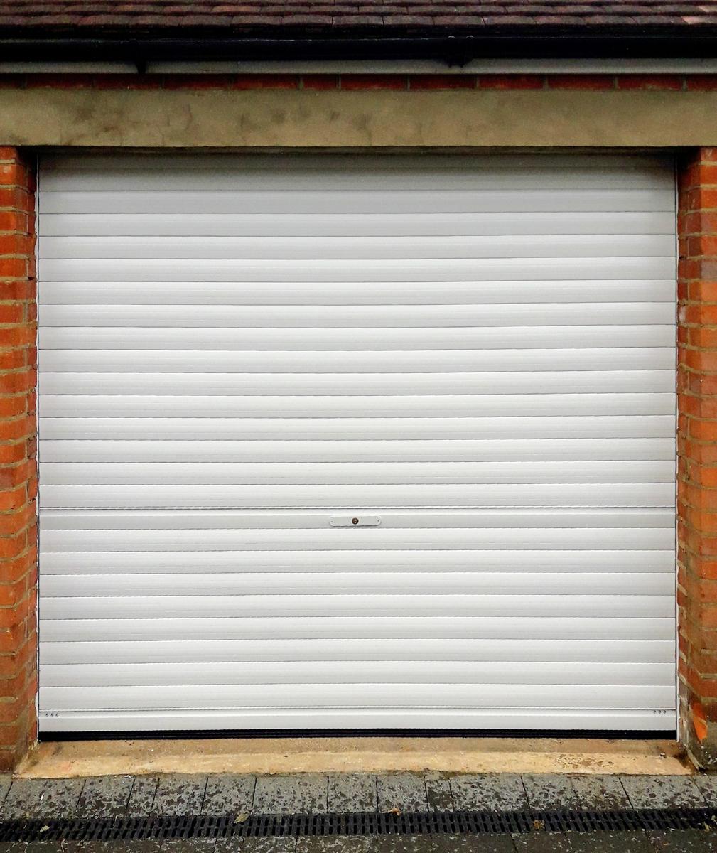 SeceuroGlide Manual Roller Garage Door in White
