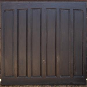 Garador Lingfield Tudor in Black