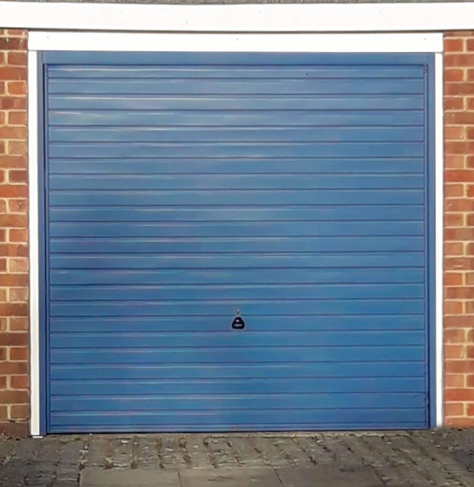 Garador Horizon Canopy Door in Pigeon Blue