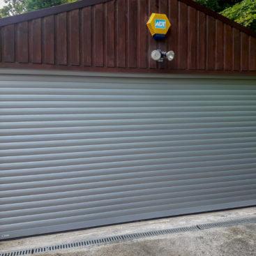 Seceuroglide Roller Door in Metallic Silver