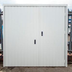 FORT-SMARTPASS-RETRACTABLE-GARAGE-DOOR