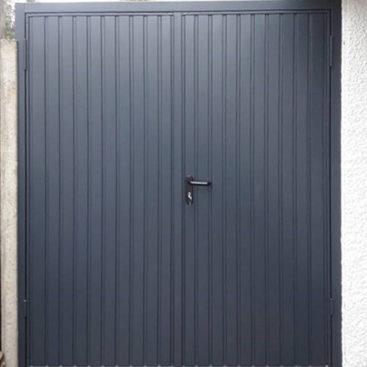 Garador Carlton, 50:50 Side Hinged Garage Doors
