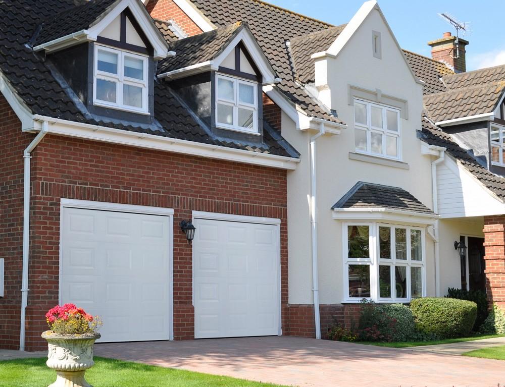 Garage doors in Langley Vale
