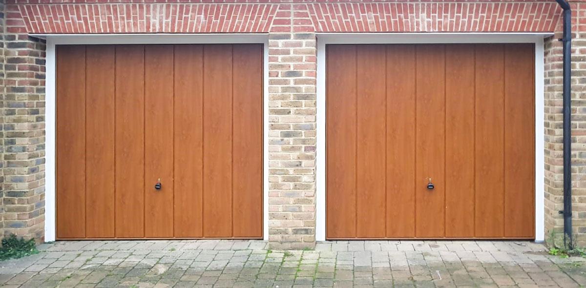 Hormann Vertical, Decograin, Retractable Garage Doors