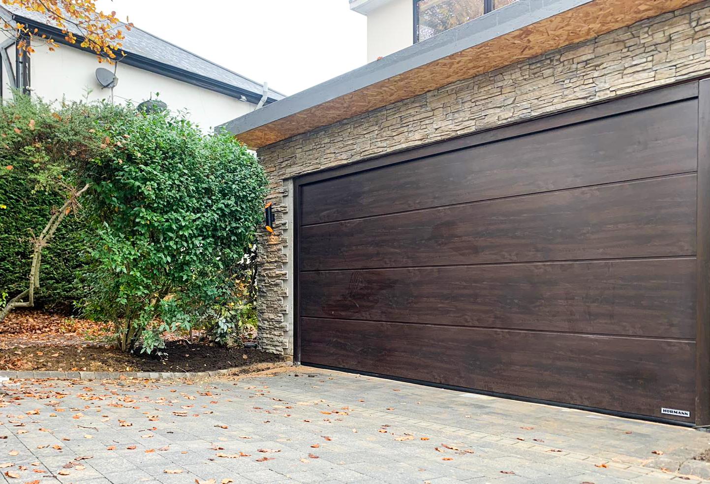 Hormann LPU 42 L Ribbed Insulated Sectional Garage Door
