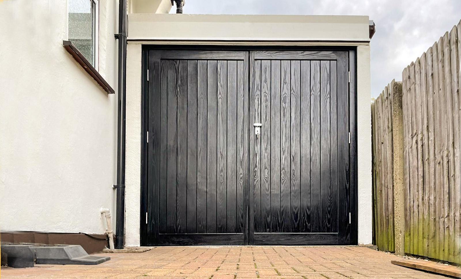 Wessex Frensham, GRP Side Hinged Garage Door in Black Woodgrain
