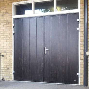 Ryterna Side Hinged Doors in Dark Oak
