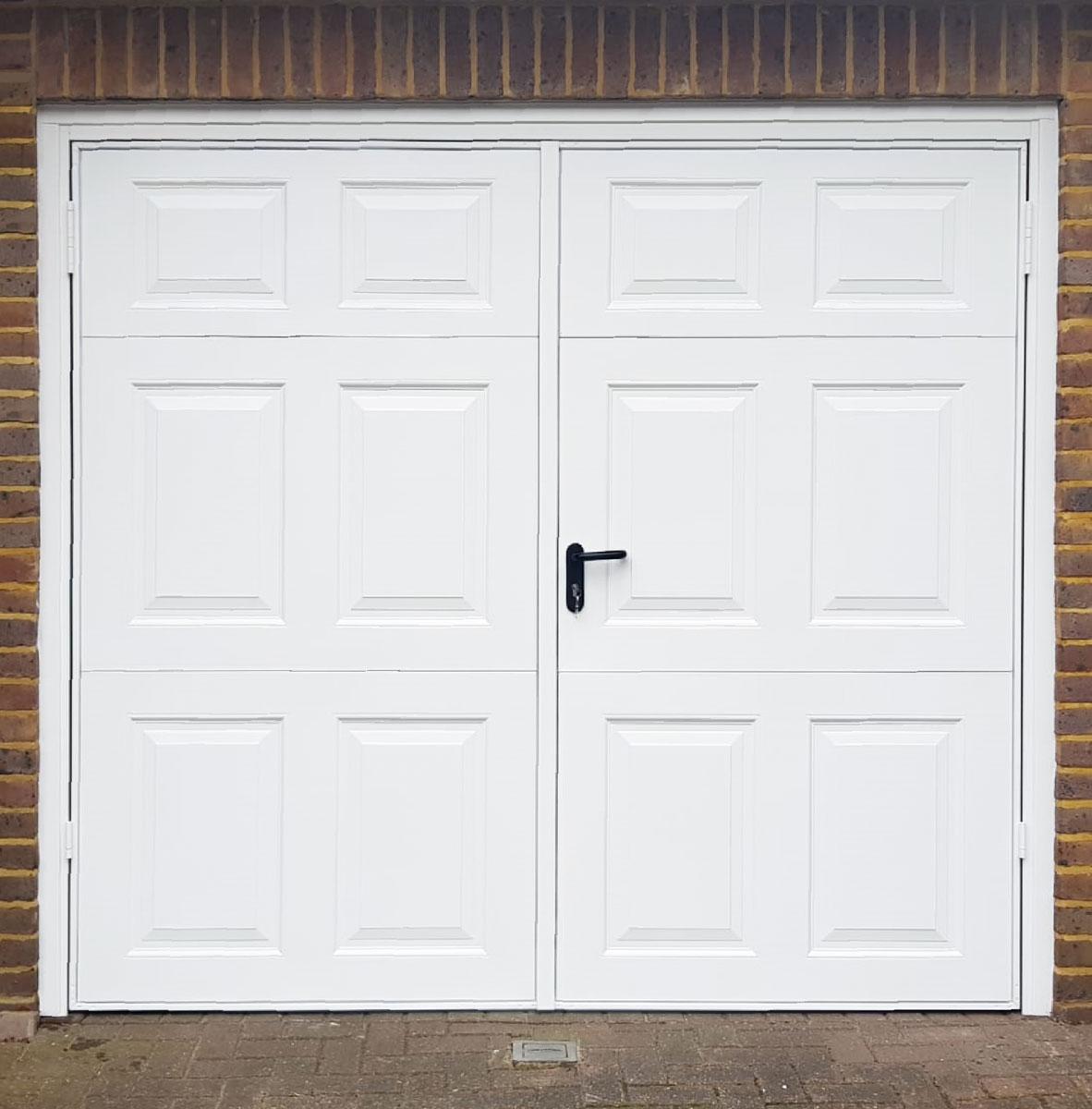 Garador Beaumont, 50:50 Side Hinged Garage Door in White