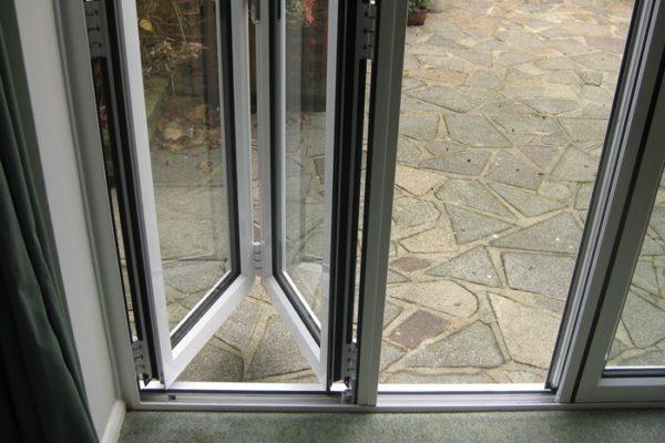kat-bifold-doors